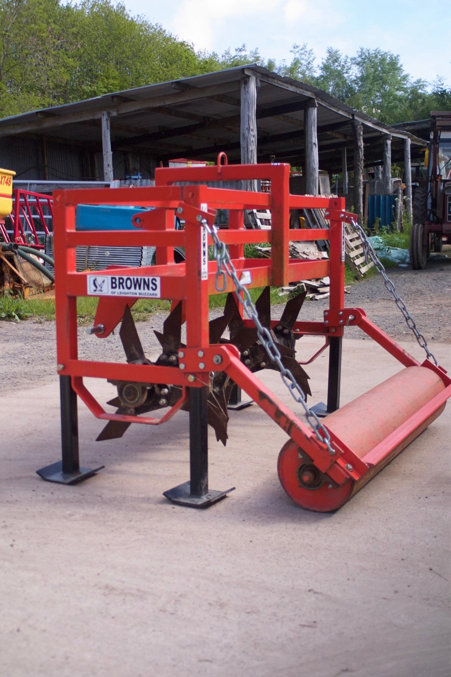 Browns 1.5m Grassland Aerator c/w Rear Roller