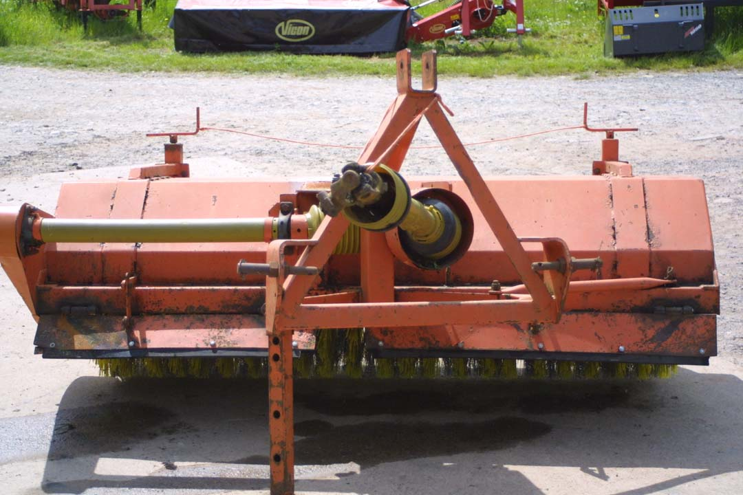 For Sale - Dowdeswell 190 PTO-driven Rotary Brush