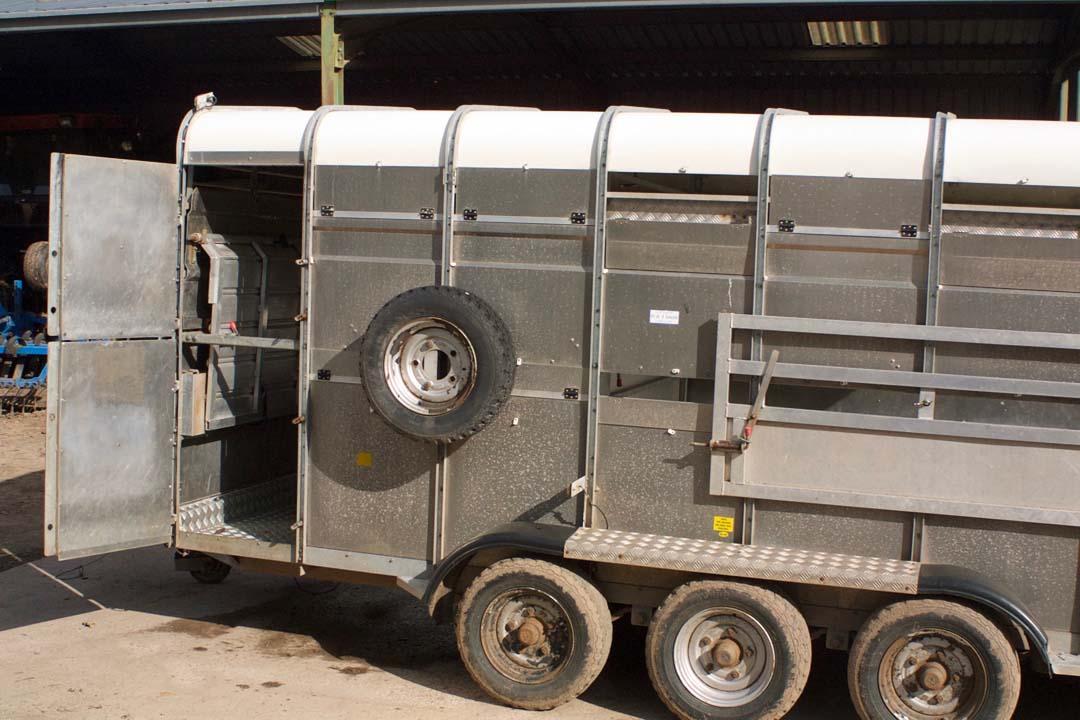 For Sale - Hudson 14ft Tri-Axle Livestock Trailer
