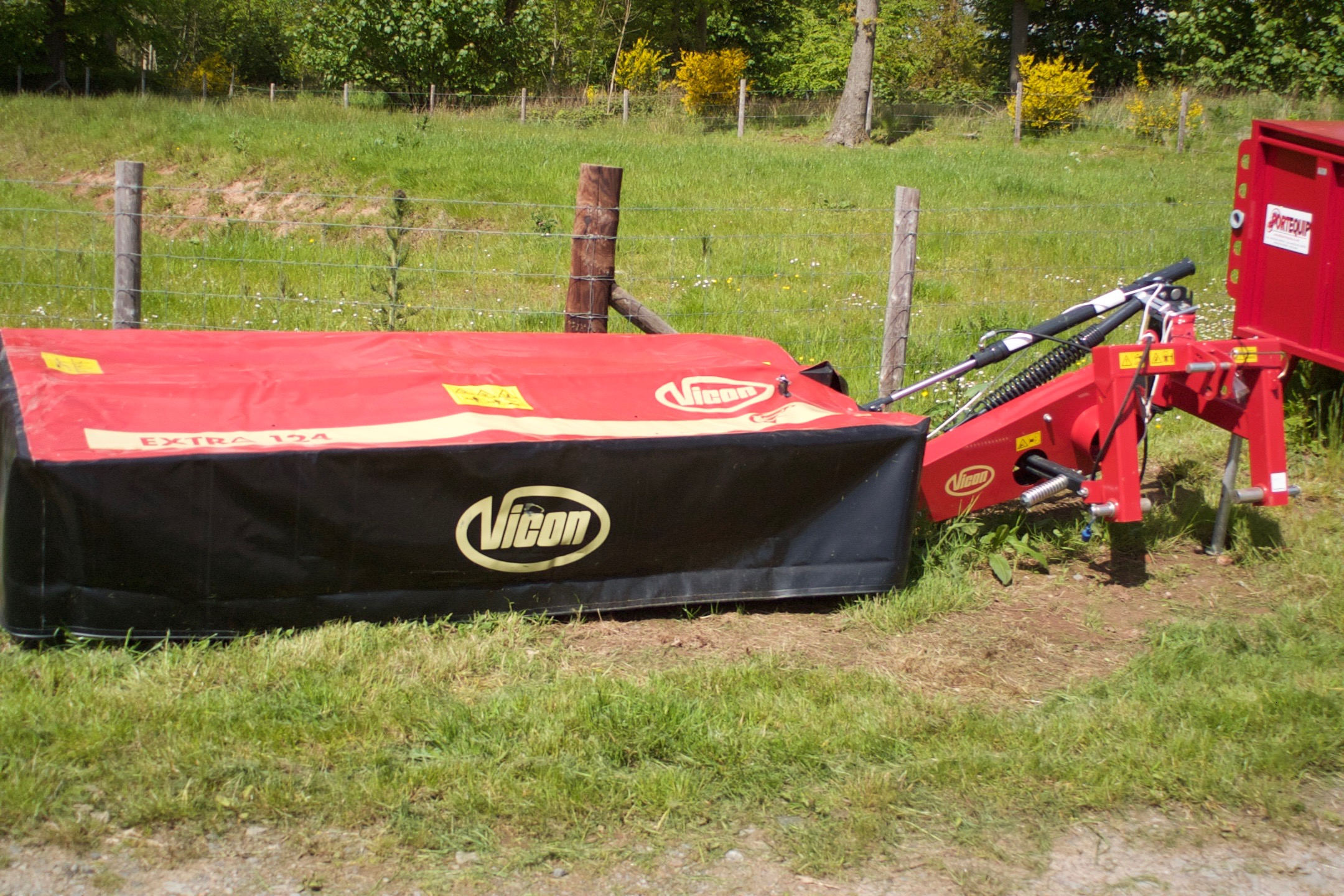 For Sale - New Vicon 124 Extra Plain Disc Mower